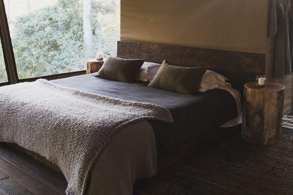Nightfall-Banner-Bed