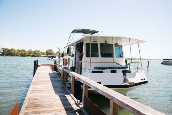 Noosa houseboat