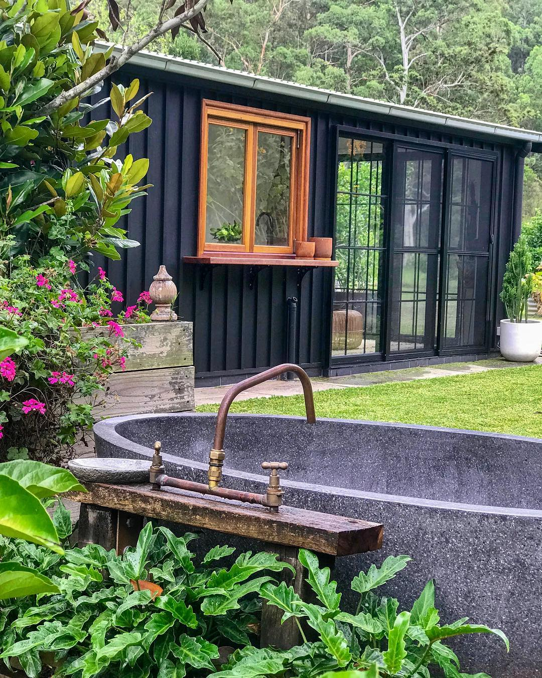 The Grower's Cottage | Bathtubs worth travelling for