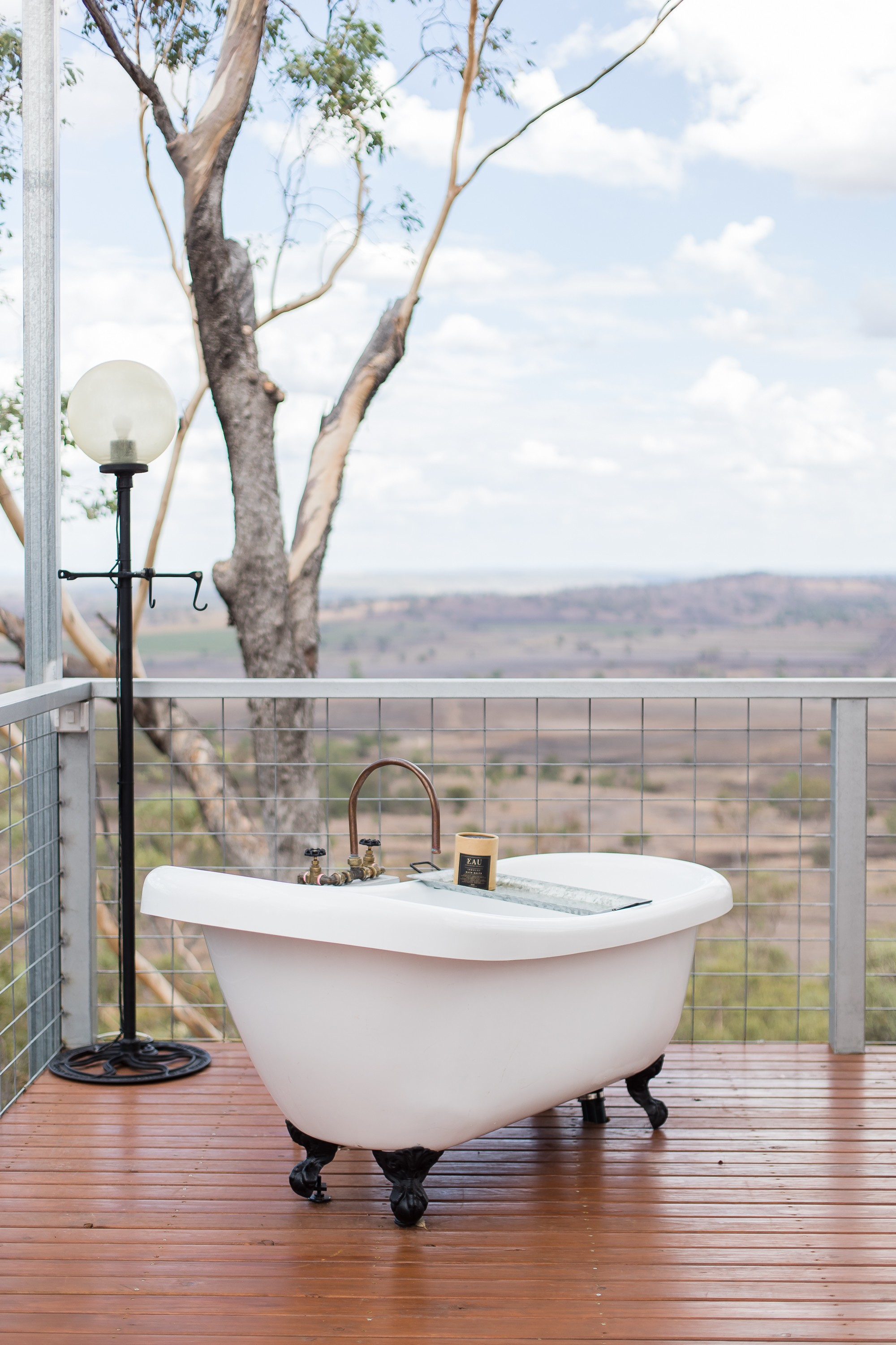 Faraway Domes | Bathtubs worth travelling for