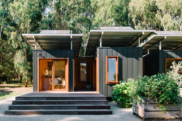 Eco-Shipping-Container-Wattle-Bank-1