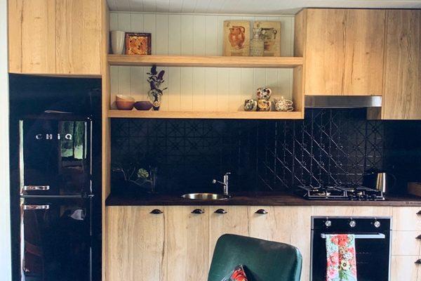 Rosalita's-Rest-Wildheart-Dreamer-kitchen
